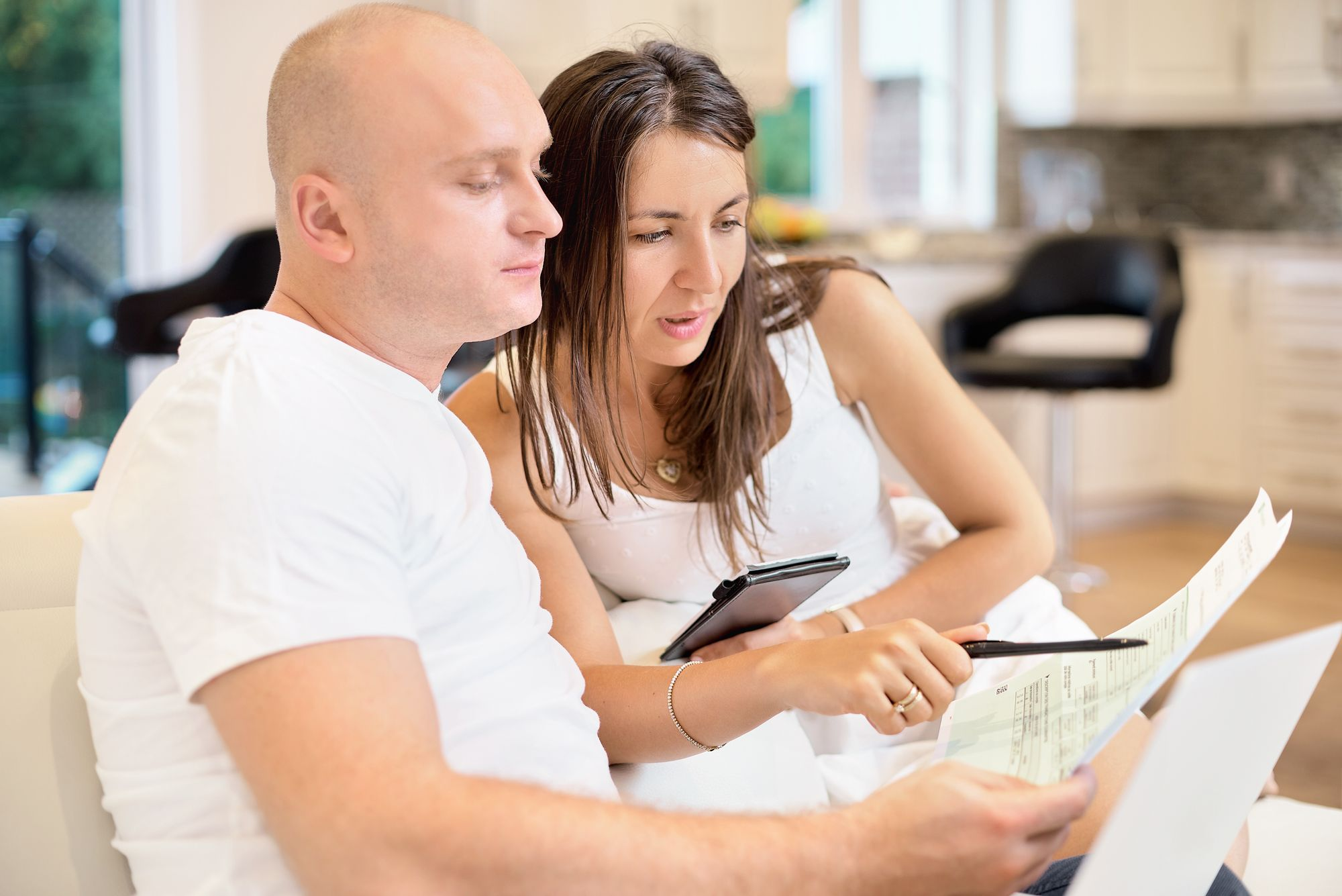 Interest Rate vs. APR: What's the Difference?