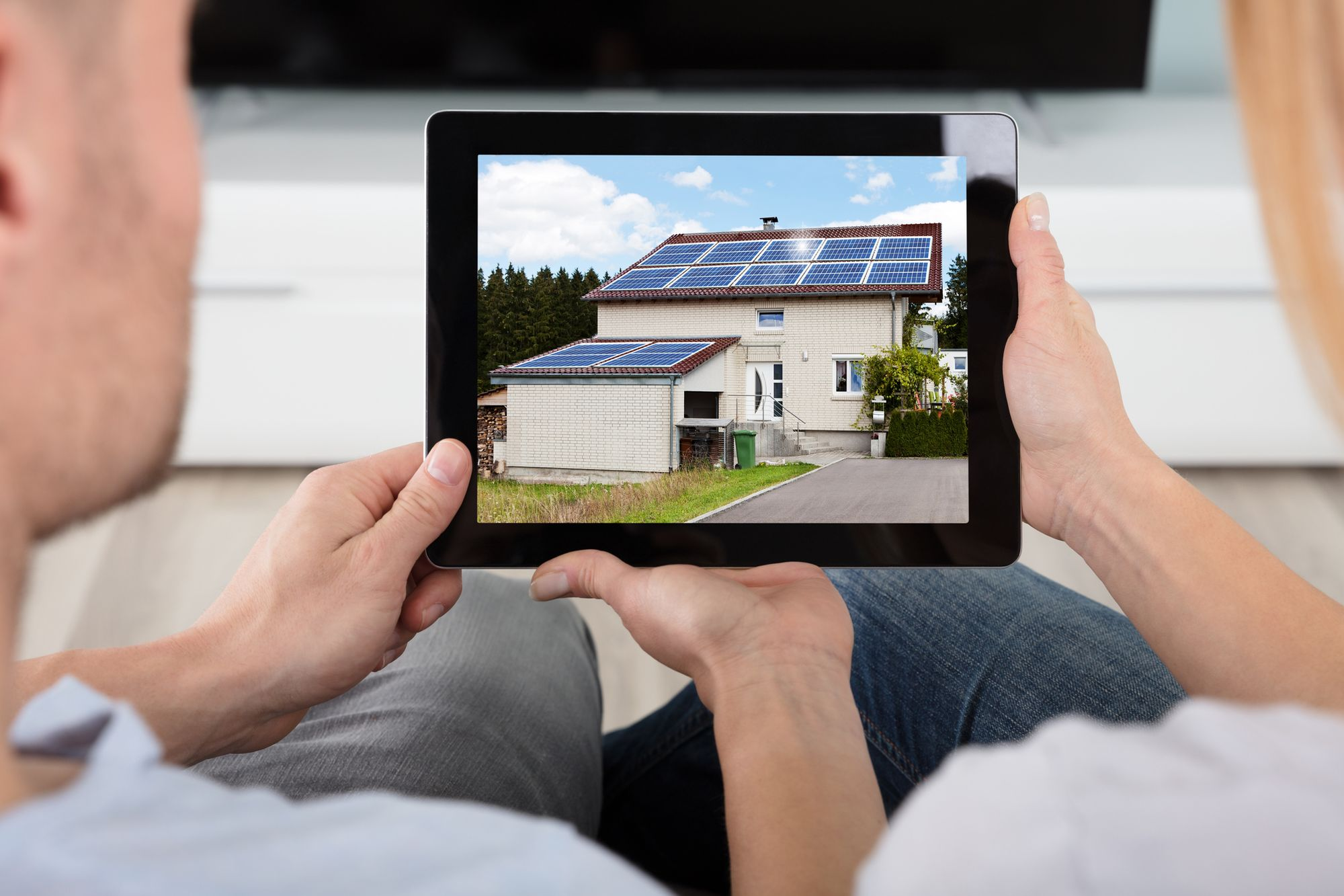 3 Reasons to Go Solar in Your First Home
