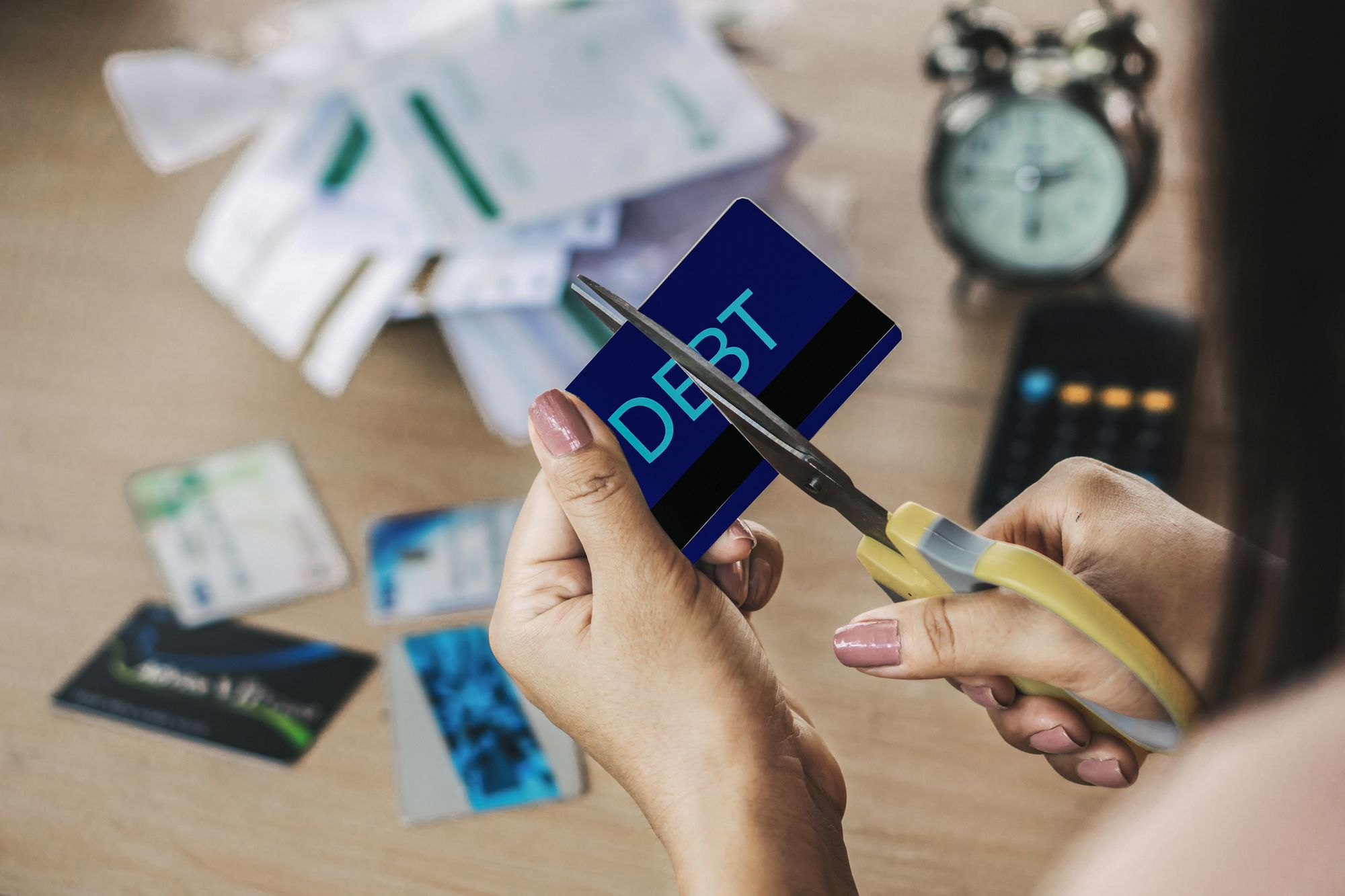 A Personal Loan Can Lift You Out of Credit Card Debt, Raise Your Credit Score