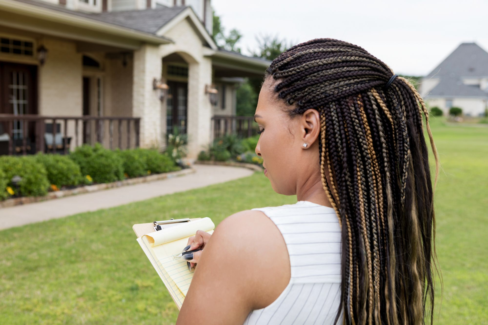 How to Boost Your Home's Appraisal Value When Refinancing