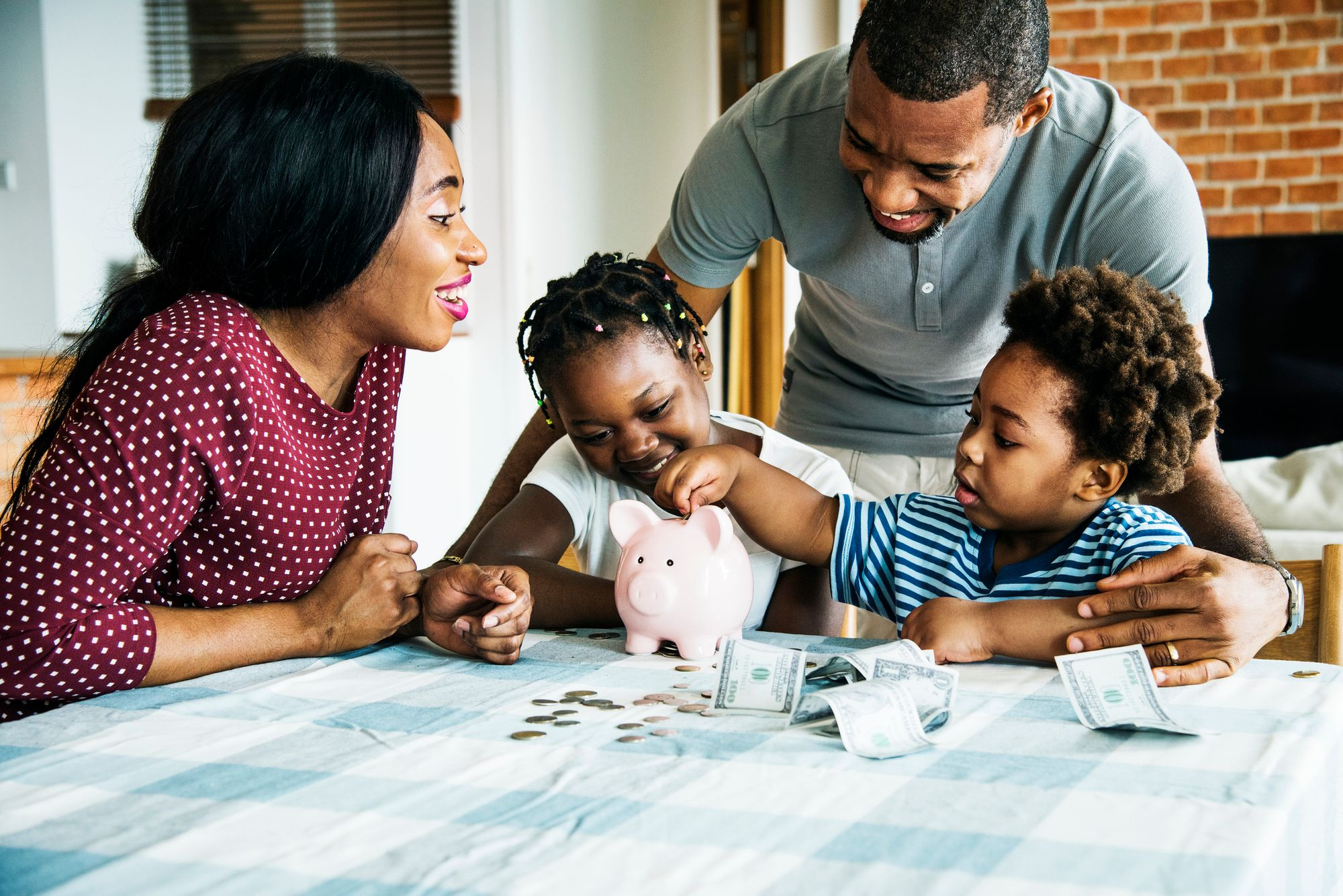 3 Important Money-Management Lessons to Teach Your Kids